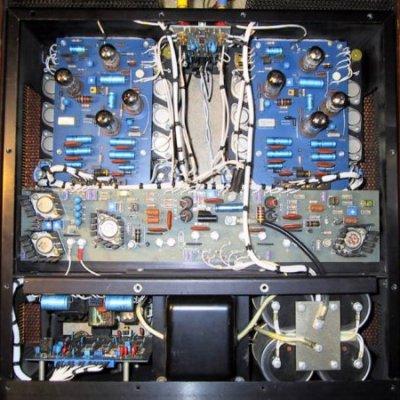 infinity-hca-tube-amplifier-top-view